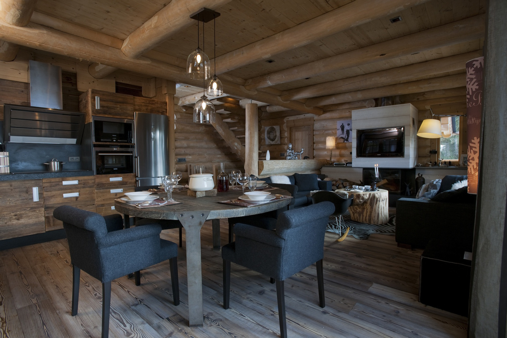 Chalets nordika constructeur bois bolqu re pyr n es - Salle a manger cocooning ...